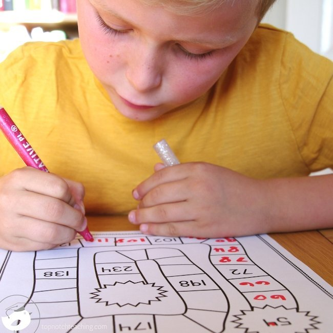 Teaching skip counting just got easier! These skip counting activities are fun and easy to use and includes 100 PRINT and GO skip counting worksheets.
