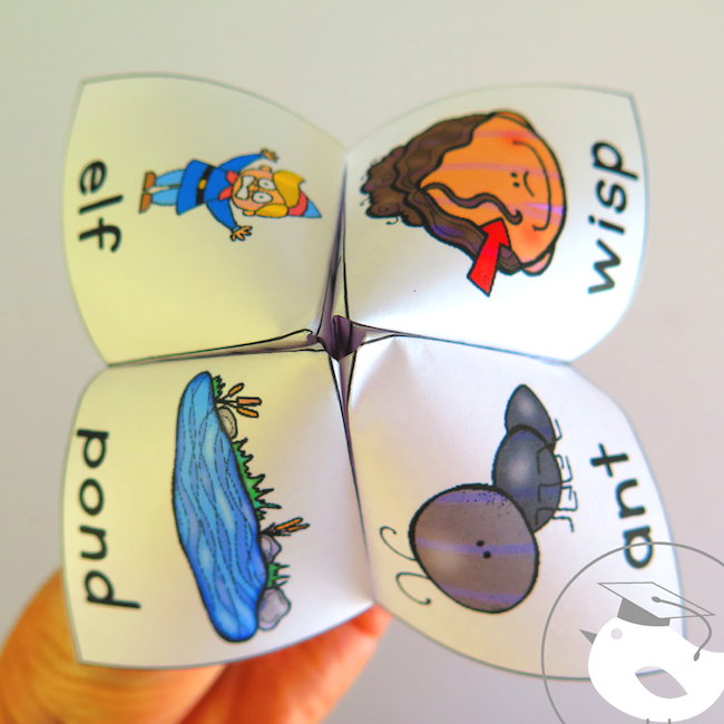 Do you need fun ways for your students to practice the phonics learning you've done in class? Here are 16 consonant blends cootie catchers to help.